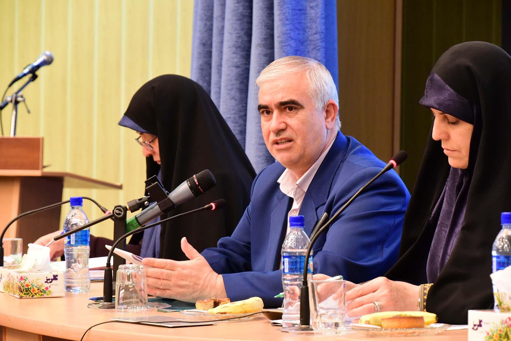 سفر معاون محترم رئيس جمهور در امور زنان و خانواده به استان (22 تير 96 )